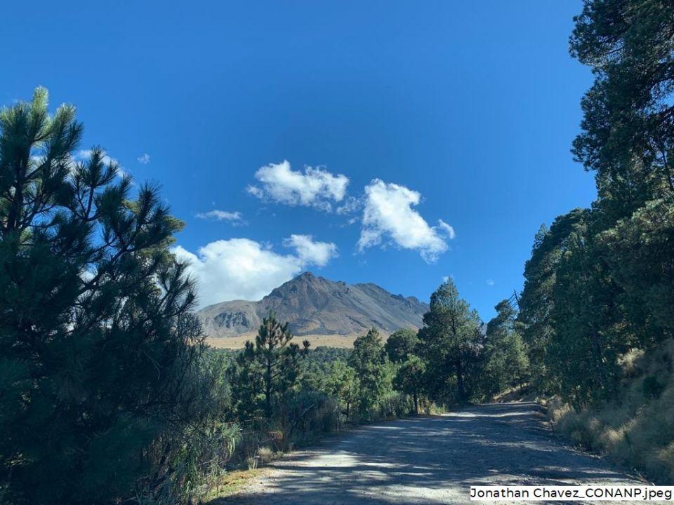 Iztaccíhuatl Popocatépetl